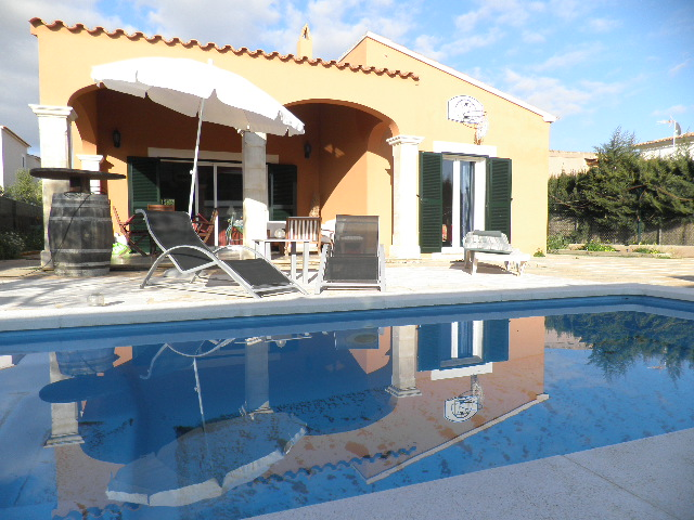 I-2092 House with 2 bedrooms and pool in D'alt