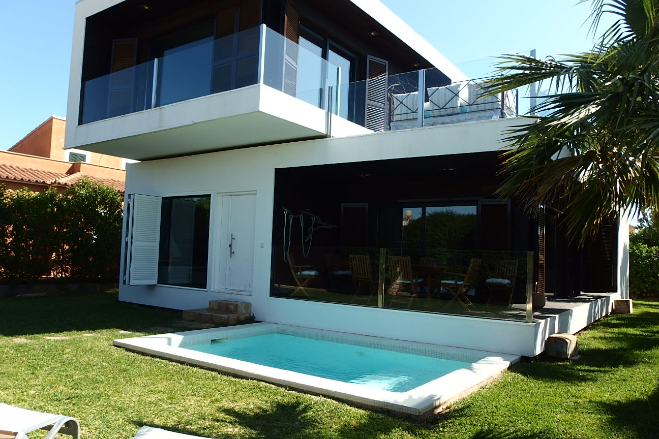 IA-299 Beautiful modern house in D'Alt