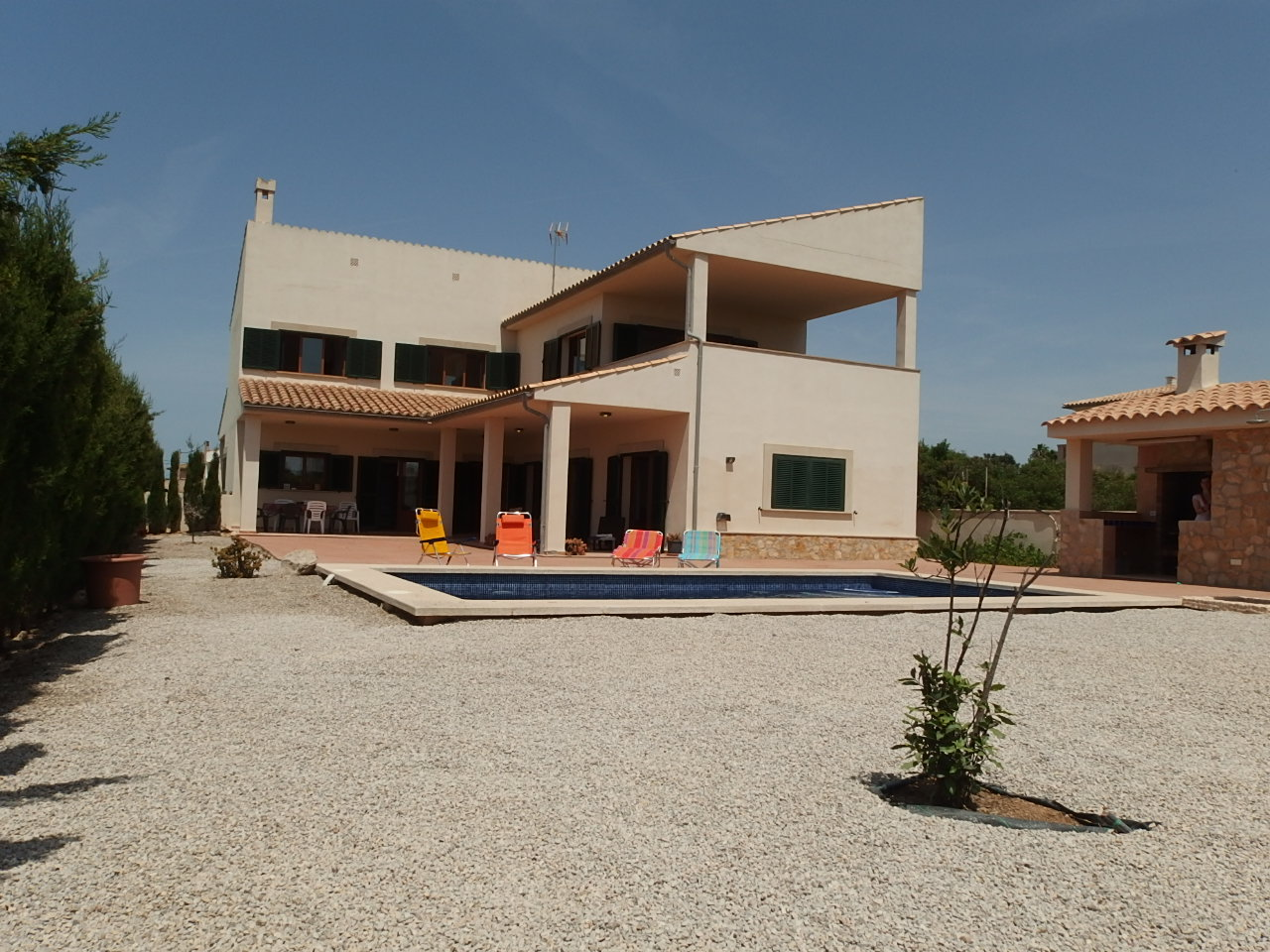I-2166 New Mediterranean style villa 900 meters to the beach