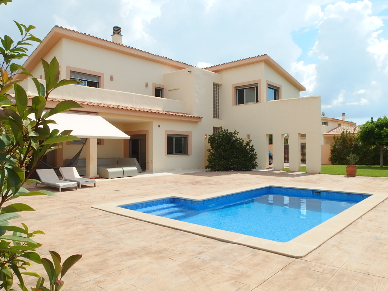 IA-380 Modern detached house with 4 bedrooms in Sa Rápita - Sa Pleta