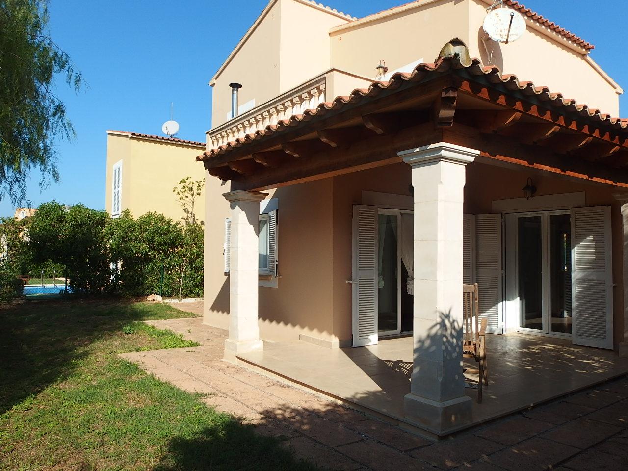 I-2250 Casa de 3 dormitorios y jardín en D'alt de Sa Rápita
